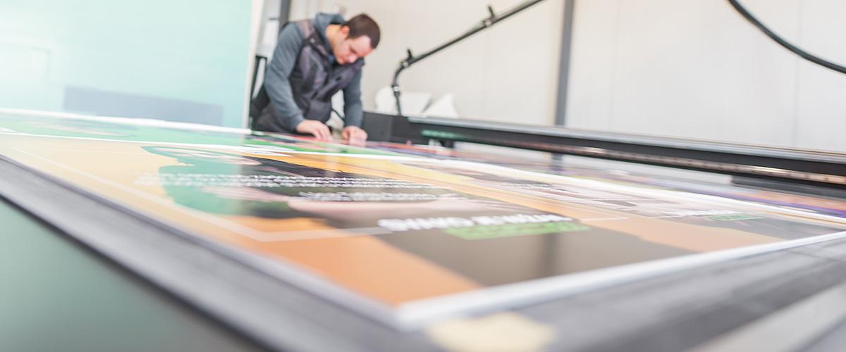 Digitaldruck auf Aluminium-Verbundplatte